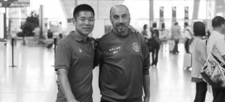 Gan Yingbo (Capitão do Sichuan-China) elogia Manuel Cajuda